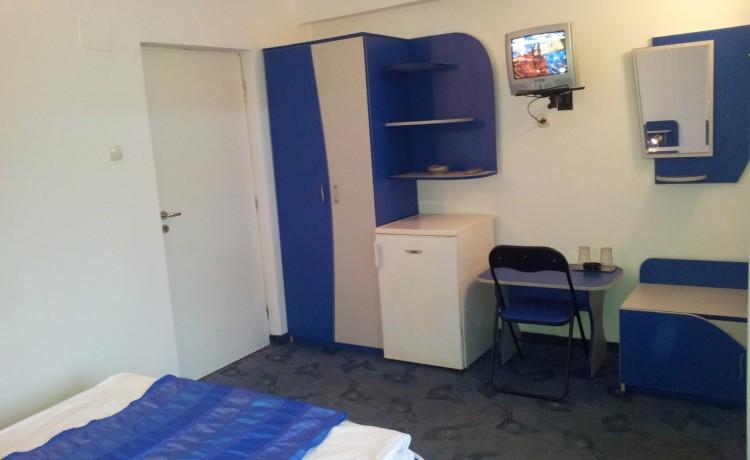 camera etajul 1 cu balcon - 2